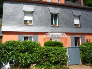 Les Coquillettes, Bed & Breakfasts  Honfleur - big - 78