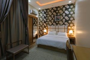 Dorrah Suites, Aparthotels  Riad - big - 75