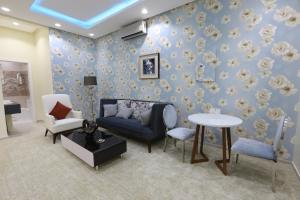 Dorrah Suites, Aparthotels  Riad - big - 80
