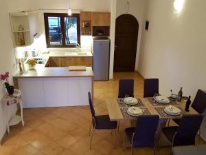 Istria Holiday Home Villa Adriatic, Vily  Kaštelir - big - 22
