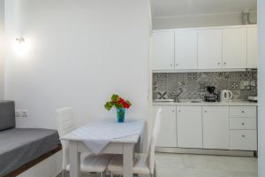 Byron Apartments, Apartments  Tigaki - big - 53