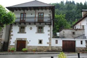 Casa Rural Janet - Apartment - Izalzu