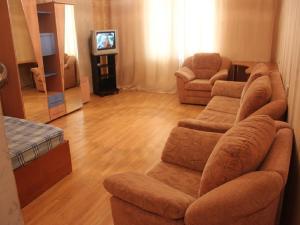 Apartment Bulvar Pobedy - Podkletnoye
