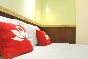 ZEN Rooms KH Mas Mansyur, Отели  Сурабая - big - 19