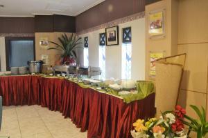 ZEN Rooms KH Mas Mansyur, Отели  Сурабая - big - 15