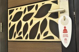 ZEN Rooms KH Mas Mansyur, Отели  Сурабая - big - 21