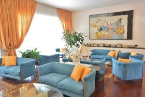 Melas Hotel