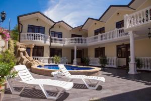 Мини-гостиница Амфора, Лоо