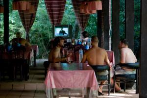 G-Land Joyo's Surf Camp, Гостевые дома  Баньюванги - big - 28