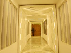 OYO 4491 George's The Royal Suite Residency, Hotel  Sultan Bathery - big - 13