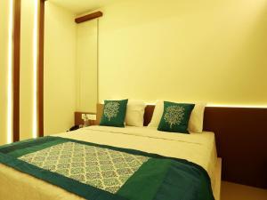 OYO 4491 George's The Royal Suite Residency, Hotel  Sultan Bathery - big - 5