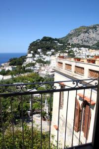 Villa Helios, Szállodák  Capri - big - 49
