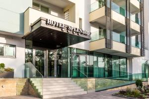 Splendid Conference & Spa Hotel – Adults Only, Hotels  Mamaia - big - 1