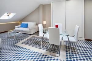 INMálaga Carmen, Apartments  Málaga - big - 1