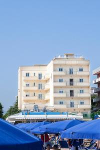 Hotel San Francisco Spiaggia - AbcAlberghi.com