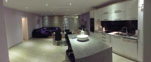 Luxy Life Apartment