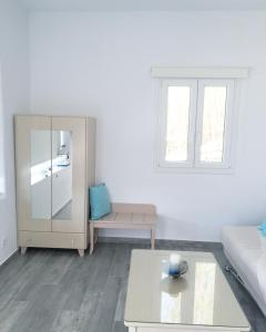 Only yours , Mykonos, Apartments  Paraga - big - 87