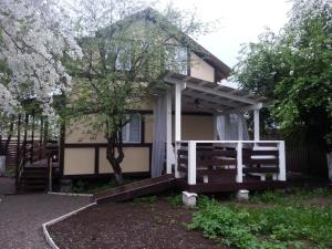Guest house domok - Karpovo