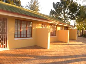 Eikenhof Country Guesthouse, Guest houses  Johannesburg - big - 58