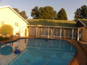 Eikenhof Country Guesthouse, Guest houses  Johannesburg - big - 6