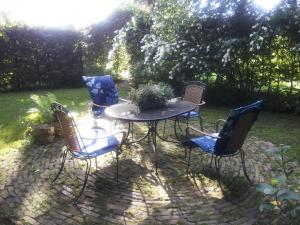 Bed & Breakfast Onder Dak, Bed and Breakfasts  Scharmer - big - 21
