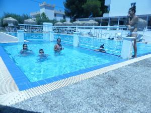 Blue Nest Hotel, Hotely  Tigaki - big - 64
