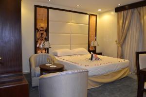 Ostelli e Alberghi - Makarim Palm Hotel