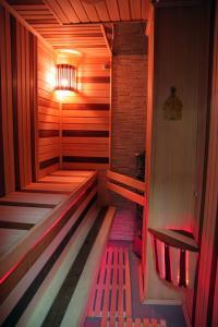 Mini-hotel Akvamarin, Hotely  Beloozërskiy - big - 55