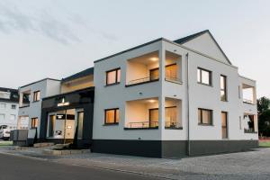 Business Homes - Das Apartment Hotel - Burgau