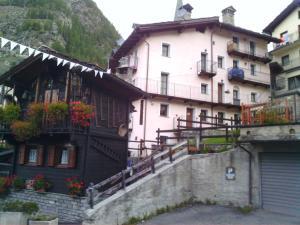 Casa Valtournenche - Apartment