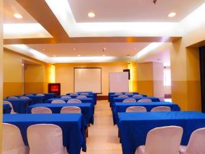 Robbinsdale Residences, Hotel  Manila - big - 28