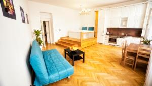 Apartment by the Old Town Square - Praga