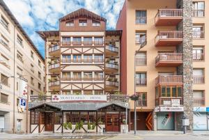 Montecarlo, Hotely  Encamp - big - 1