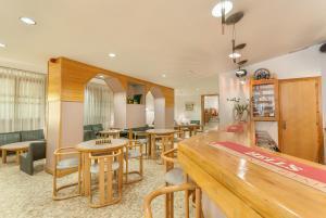 Montecarlo, Hotely  Encamp - big - 17