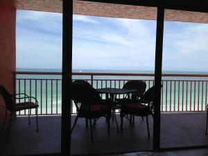 Chateaux 503 Apartment, Apartments  Clearwater Beach - big - 1
