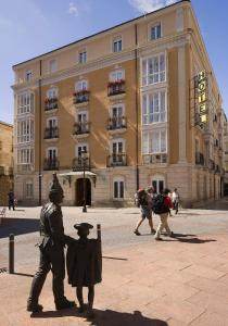 Norte Y Londres hotel,  Burgos, Spain. The photo picture quality can be variable. We apologize if the quality is of an unacceptable level.
