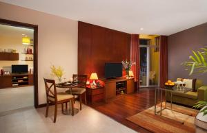 Somerset West Lake Hanoi, Apartments  Hanoi - big - 33