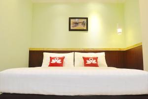ZEN Rooms KH Mas Mansyur, Отели  Сурабая - big - 18