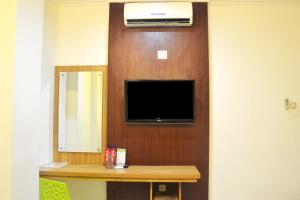 ZEN Rooms KH Mas Mansyur, Отели  Сурабая - big - 28