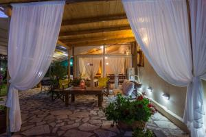 Olive House Villa and Studio