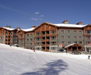 Stonebridge Lodge - Hotel - Big White