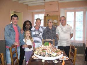 Chambres et Tables d'hôtes à l'Auberge Touristique, Bed and breakfasts  Meuvaines - big - 23