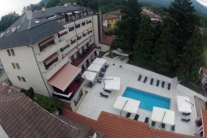 Hotel Par Avion