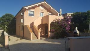Villa Aquatic Vacation, Apartmány  Vir - big - 11