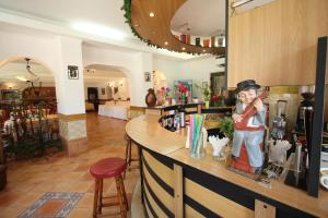 Hotel Ruia, Hotely  Poiana Brasov - big - 41