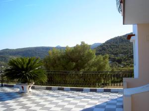 Ilida Studios Aegina Greece