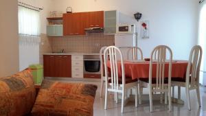 Apartments Mareta