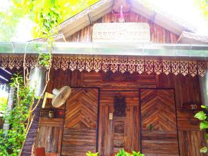 Three J Guesthouse - Ban Phuyai Hi