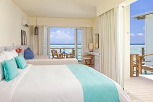 Holiday Inn Resort Kandooma Maldives, Resorts  Guraidhoo - big - 32