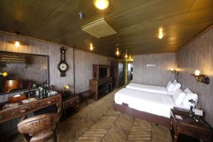 Vintage Luxury Yacht Hotel (26 of 40)